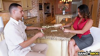 Large botheration MILF Julianna Vega gets fucked by a younger lover
