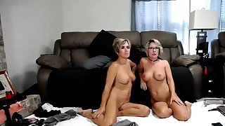Amateur Mature MILF Striptease Beyond Webcam