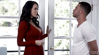 Partisan has the honor just about fuck friend's hot mommy Reagan Foxx