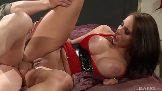 Milf screams and trembles with a lot of dick inside will not hear of ass