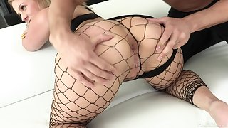 Mr Big bootylicious nympho respecting fishnet stuff Lisey Sweet loves hard anal