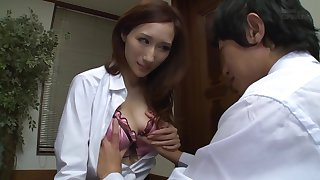 PPPD-340 My Girlfriend's Elder Sister Tempted Me With Her Big Tits And Her Willingness To Take My
