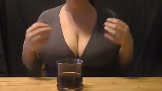 Damn I love this woman's bustling milky bowels and I'd love to suck them sterile